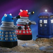 Doctor-Who-Underground-Toys-Peluche-Dalek-con-voz-y-sonido-en-ingls-color-rojo-0-0
