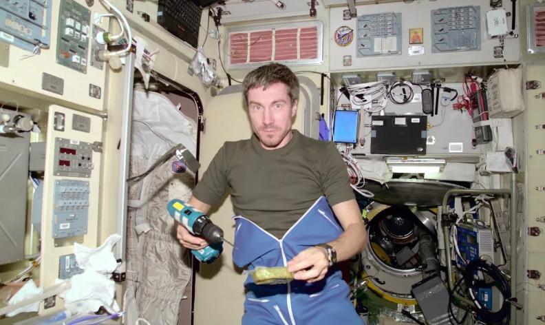 viajero-en-el-tiempo-astronauta-viajeros-en-el-tiempo